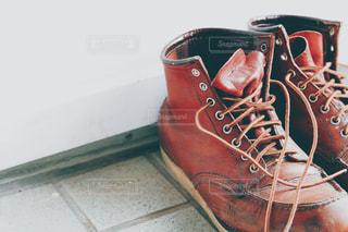 赤い靴1足の写真・画像素材[2852298]
