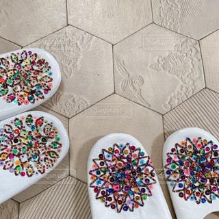 テーブルの上のケーキの写真・画像素材[2852347]