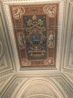 天井の絵画の写真・画像素材[3585373]