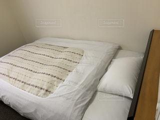 ベッドの写真・画像素材[3595299]