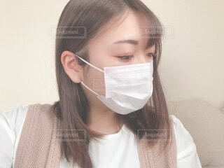 マスクの女性の写真・画像素材[4102802]