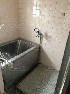 古い風呂の写真・画像素材[3600595]