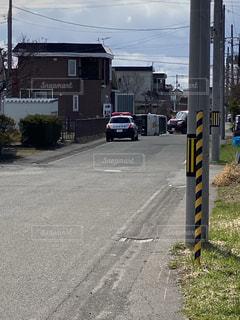 道路の脇の信号の写真・画像素材[3600747]
