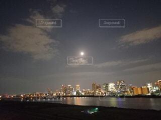 十三夜の写真・画像素材[3828858]