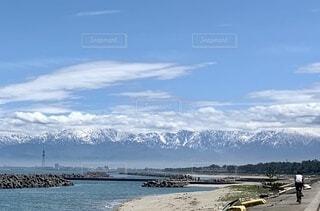立山と海の写真・画像素材[3671495]