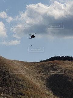 決死の救助活動の写真・画像素材[3853715]