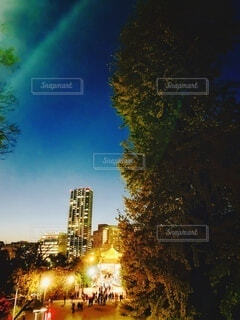 夜の都市の眺めの写真・画像素材[3755279]
