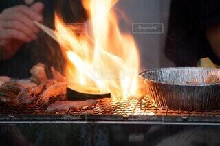 バーベキュー火の写真・画像素材[3644533]