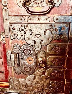 落書きで覆われた壁の写真・画像素材[4783932]