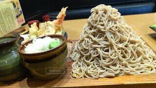 富士山盛りお蕎麦の写真・画像素材[3661042]