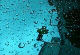 雨の日の写真・画像素材[3685346]