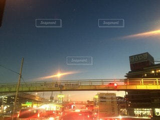夜の都市の眺めの写真・画像素材[3677837]