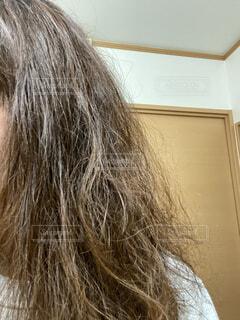 パサついたダメージヘアーの写真・画像素材[3692927]