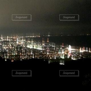 夜の都市の眺めの写真・画像素材[3698385]
