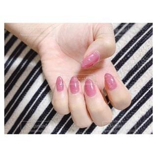ピンクネイルの写真・画像素材[3690280]
