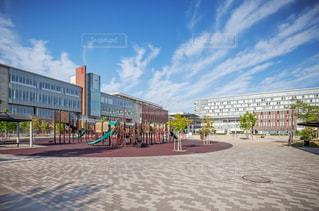 立命館大学茨木キャンパスと岩倉公園の写真・画像素材[3205282]