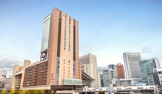 大阪ステーションシティと周辺のビル群の写真・画像素材[3293375]