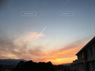 青空と夕焼けの写真・画像素材[3695198]