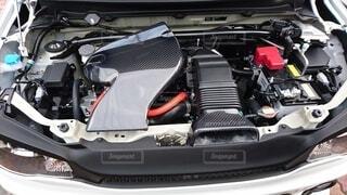 自動車エンジンルームの写真・画像素材[3694272]