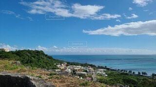 丘の上から見た景色の写真・画像素材[3968243]