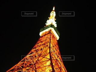 ライトアップされた東京タワーの写真・画像素材[3707097]