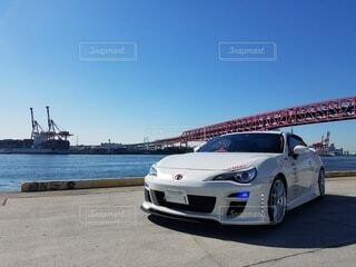 青空と車の写真・画像素材[3718598]