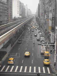 台湾の一般道路の写真・画像素材[3718369]