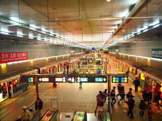 台湾の地下鉄の駅の写真・画像素材[3718867]
