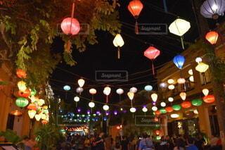 ベトナム ホイアン ランタン祭りの写真・画像素材[3736265]