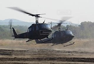 陸上自衛隊 ヘリコプター UH-1の写真・画像素材[3758138]