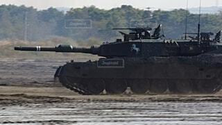 陸上自衛隊 90式戦車の写真・画像素材[3758140]