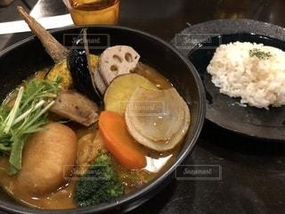 米肉野菜と食品のボウルの写真・画像素材[1669626]