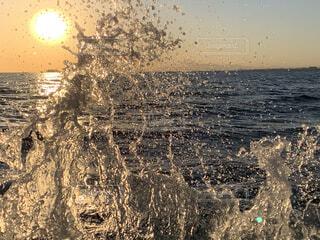 波打ち際の写真・画像素材[3907487]