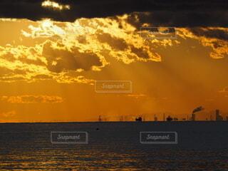 夕暮れの一枚の写真・画像素材[4034938]