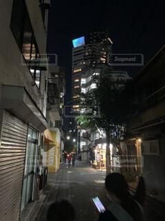 新宿の裏通りの写真・画像素材[4292890]