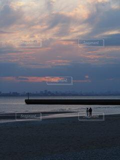 夕暮れの海の写真・画像素材[4321138]