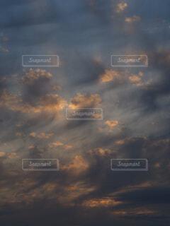 夕暮れ空の写真・画像素材[4321141]
