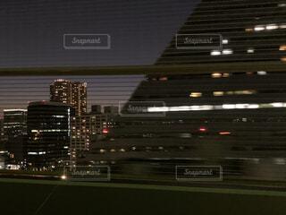高速道路 夜景の写真・画像素材[3940132]