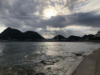 神々しい海の写真・画像素材[3774382]
