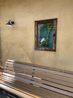 長椅子で休憩の写真・画像素材[4457514]