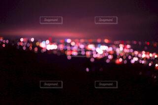 夜の信号の写真・画像素材[3789551]