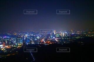 夜の都市の眺めの写真・画像素材[3803222]