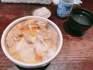 定食屋の親子丼の写真・画像素材[3818021]