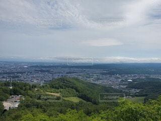 山から見た街並みの写真・画像素材[3816804]