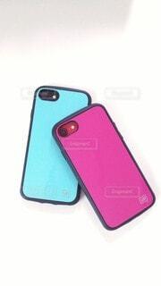 色違いのiPhoneケースの写真・画像素材[3844036]