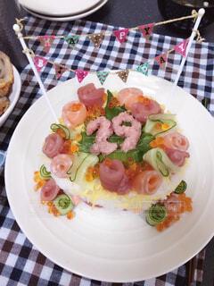 誕生日のお寿司ケーキの写真・画像素材[3847268]
