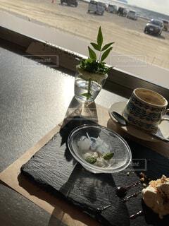 日当たりのいいカフェの写真・画像素材[4172269]