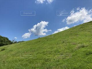 広い丘の写真・画像素材[4657066]