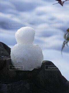 溶けかけの雪だるまの写真・画像素材[4082200]