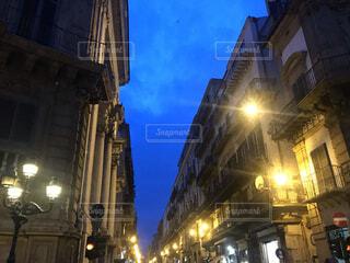 イタリアの通りの写真・画像素材[3825076]